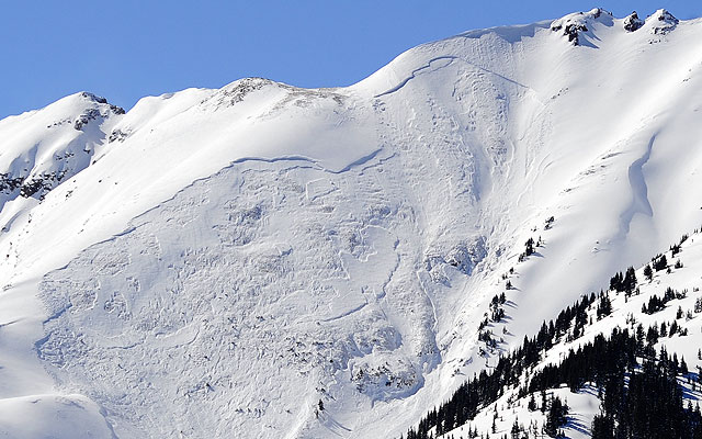 Natural avalanche on Garretts Peak, March 23, near Snowmass, Colo. Photo: Dan Bayer