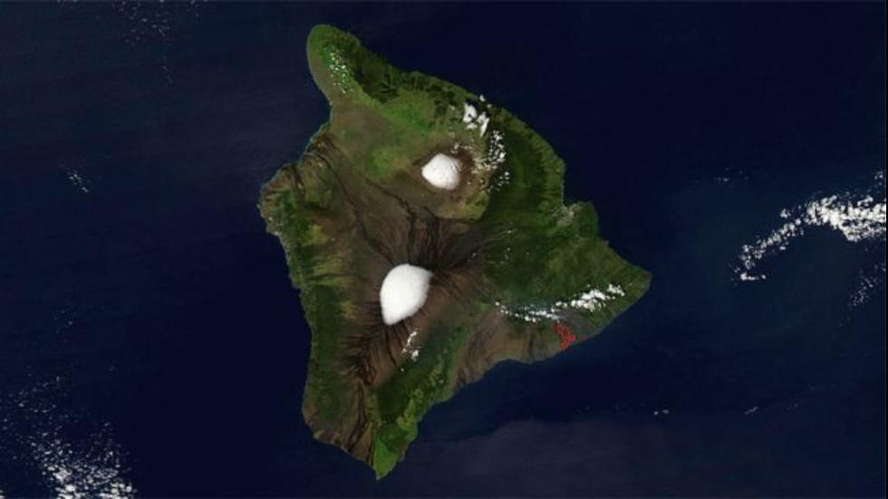 Skiers, aim Google Earth to Hawaii's volcanos and scout those wintery descents. PHOTO: NASA