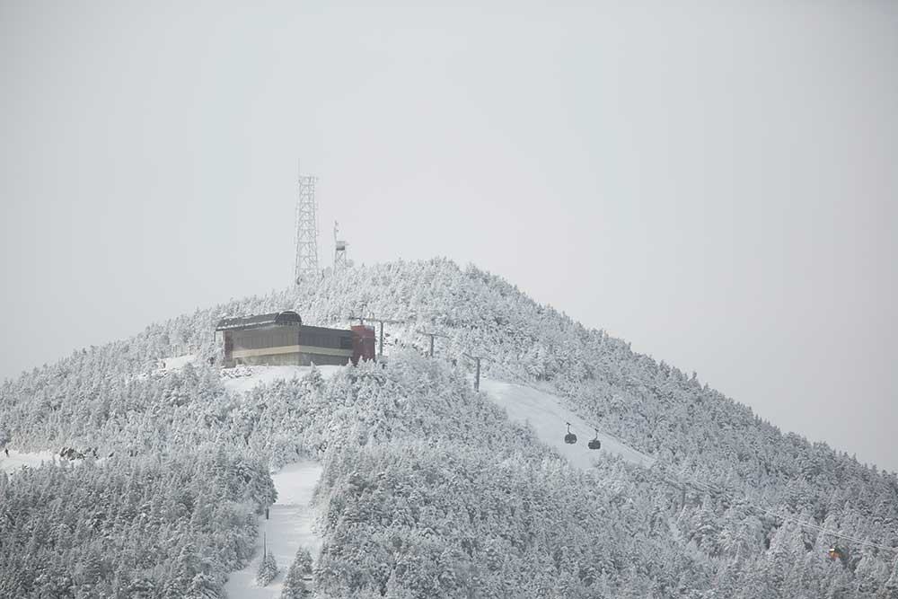 Killington's K-1 Gondola, powered by cow poop. PHOTO: Chandler Burgess