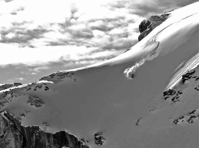 Cox arcs his way down the Schilthorn, high in the Bernese Alps of Switzerland. PHOTO: Jure Roethlisberger