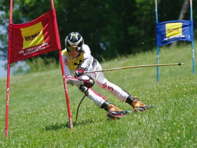 Grass skiers compete in slalom and super-G events. PHOTO: FIS Grass Skiing
