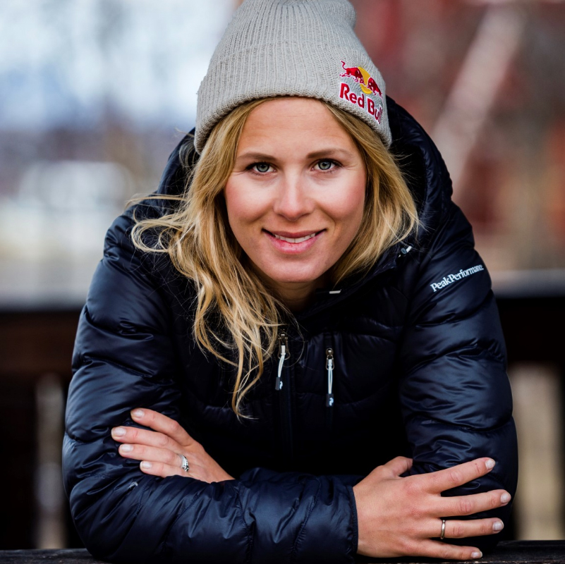 The film was Matilda Rapaport's third Shades of Winter production, where she is seen skiing in her home country of Sweden.
