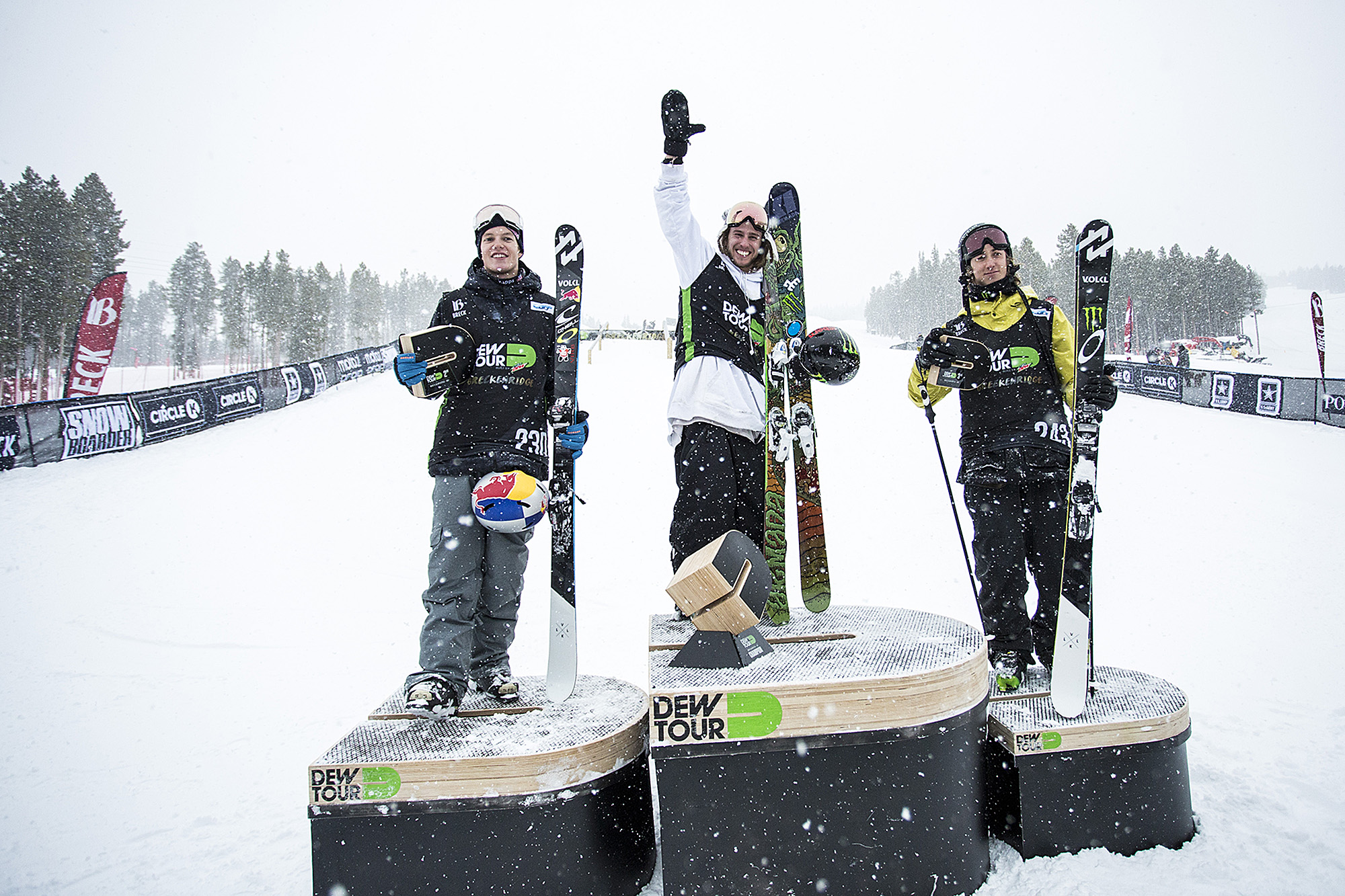 Men's individual competition wrapped up with Henrik Harlaut, Øystein Bråten, and Alex Beaulieu-Marchand atop the podium. Team competitions start Sunday morning.
