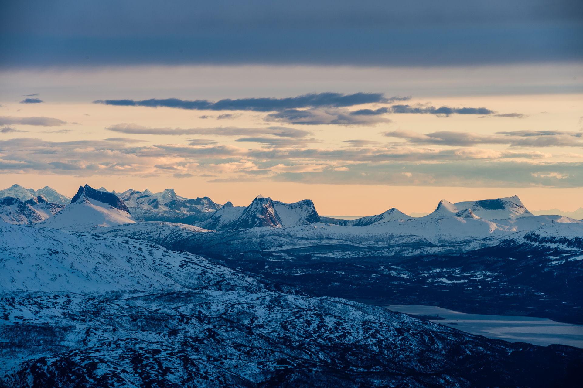 Between the fjords in northern Norway are isthmi  full of rarely skied snow-covered peaks.